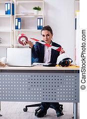 女性, 建築家, 労働者のオフィス, 若い