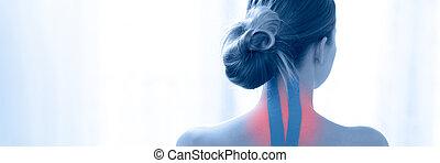 女性, 後部, kinesio, テープ, banner., 彼女, 首, 白, kinesiology, に対して, 青, 療法, ビュー。, 背景, 患者, リハビリテーション, 健康診断