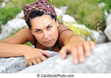 女性, 攀登岩石, 上, the, 頂部, ......的, 山