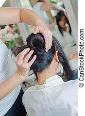 女性, 毛の スタイルを作ること, 美容師
