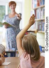 女性, 生徒, 答えている質問, 中に, 学校, 教室