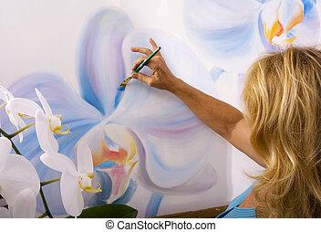 女性, 藝術家, 畫, phalaenopsis, 蘭花, 上, 帆布, 在, 她, 工作室