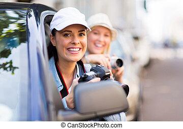 女性, 観光客, 上に, 道路旅行