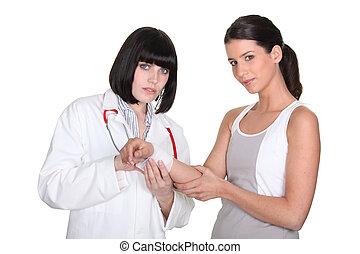 女性 醫生, 由于, 病人