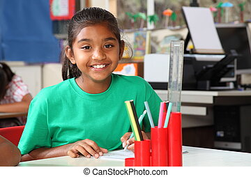 女生徒, 微笑, 机, クラスで