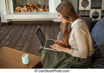女, ∥で∥, laptop., かわいい 女, 家で