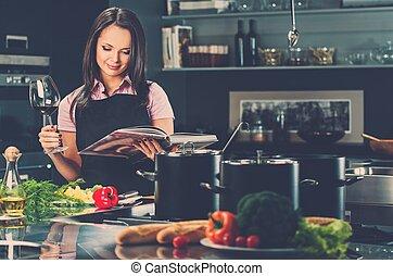 女, エプロン, ワイン, 若い, 現代, 料理の本, 朗らかである, 台所, ガラス