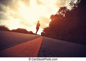 女 シルエット, road., ランナー, wellness, 運動選手, 海岸, 動くこと, ジョッギング, フィットネス, 試し, concept., 日の出