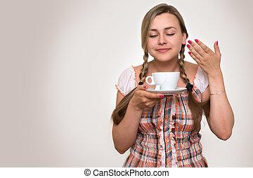 女, ティーカップ, 飲むこと