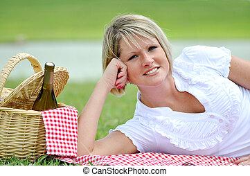 女, ピクニック, 若い, ブロンド, ワイン