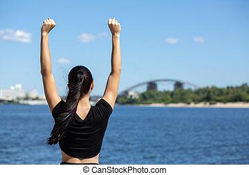 女, フィットしなさい, スペース, ランナー, 勝利, シンボル。, テキスト, ジェスチャーで表現する