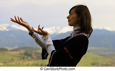 女, ポーズを取る, 牧草地, 毛, lanscape, 劇的, ジェスチャー, 若い, 歴史的, 暗い, 開いた, 服...