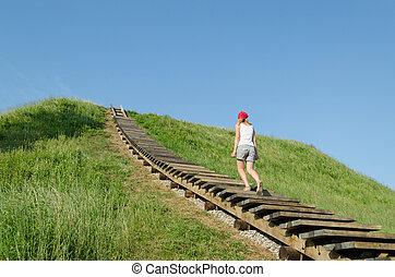 女, 上昇, 観光客, strairs, 小山, 丘