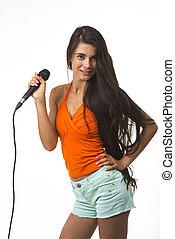 ∥, 女, 中に, オレンジワイシャツ, ∥で∥, microphone.