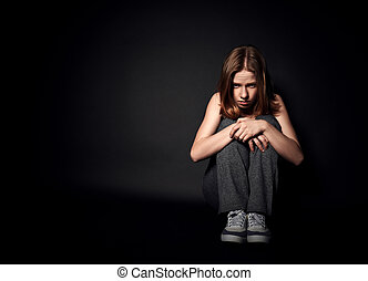 女, 中に, 憂うつ, そして, 絶望, 叫ぶこと, 上に, 黒, 暗い