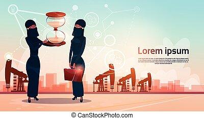 女, 富, お金, 腕時計, オイル, アラビア人, プラットホーム, 砂, 概念, 用具一式, クレーン, pumpjack