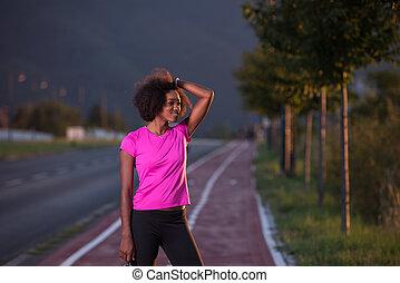 女, 屋外で, 動くこと, 若い, アメリカ人, アフリカ, 肖像画