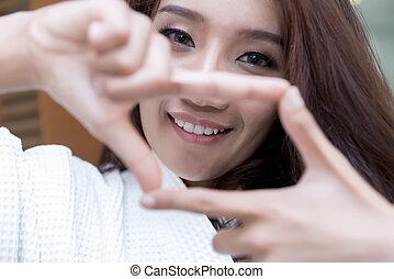 女, 提示, 若い, 印, アジア人, 幸せ, フレーム, 指