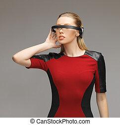 女, 未来派, ガラス