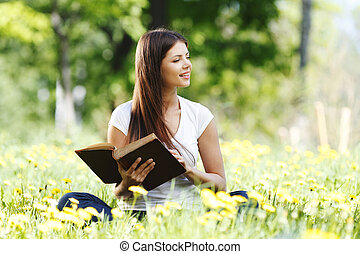女, 本, 読書, 屋外で