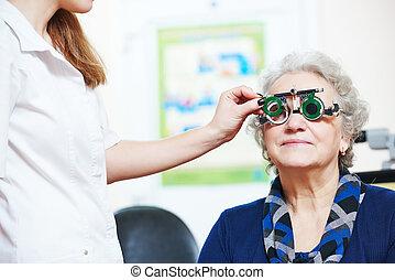 女, 検査する, 光景, 医者, 女性の目, シニア, phoropter