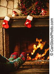 女, 毛織りである, ソックス, フィート, 暖かい, fi, fireplace., リラックスする