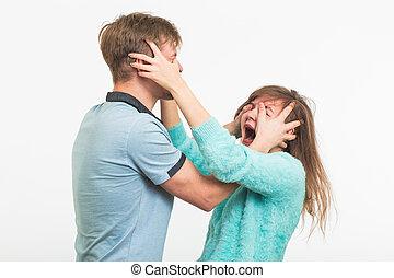 女, 犠牲者, の, 家庭内暴力, そして, abuse., ∥, 口論, 中に, ∥, family., a, 人, 打つ, a, 若い女性, 白, 背景