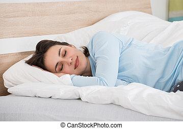女, 睡眠, ベッドで