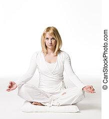 女, 瞑想する