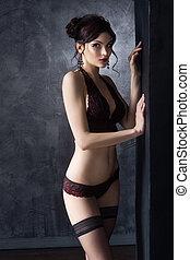 女, 若い, ファッション, ポーズを取る, lingerie., 優美である