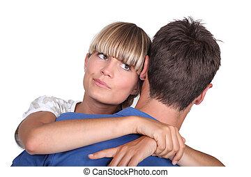 女, 見なさい, 彼女, 不確実, 若い, 抱き合う, ボーイフレンド