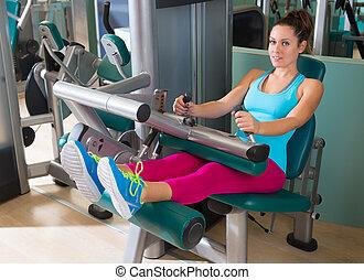 女, 足, ジム, 着席させる, 機械, カール, 練習