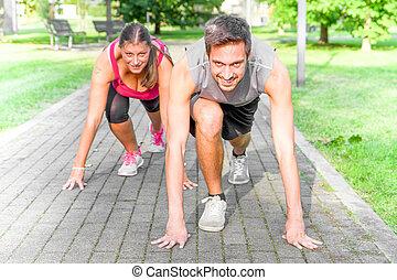 女, 運動, 始めなさい, 動くこと, ポジション, 人, ハンサム