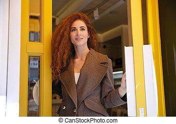 女, ∥髪をした∥, 若い, 去ること, カフェ, 赤