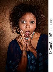 女, african-american, 衝撃を与えられた