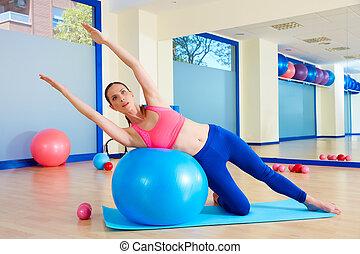 女, fitball, pilates, 曲がり, 側, 練習