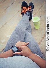 女, smoothie., smartwatch, 動くこと, 緑, 靴, 野菜