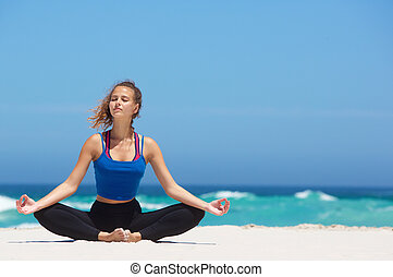 妇女, 瑜伽, 坐, 莲位置, 海滩