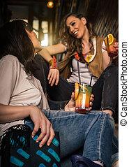 妇女, 酒精, 鸡尾酒, 二, pub, 方式, 桔子, 喝