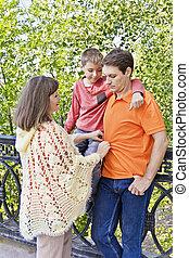 妊娠した, 息子, 母, 訂正する, 夫, 衣服