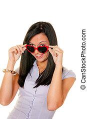 妻, 恋をもて遊ぶ, ∥で∥, ハート形のサングラス