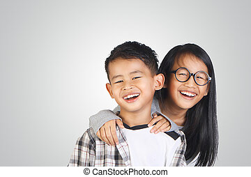 姉妹, アジア人, 兄弟