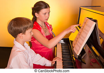 姐妹, player., 兄弟, piano., 鋼琴 演奏