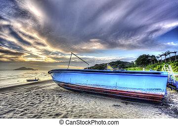 威厳がある, 日没の 空, ボート