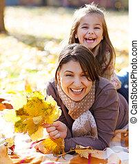 娘, 公園, 若い, 秋, 母, 幸せ