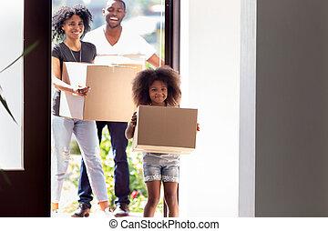 娘, 家族, 家, アメリカ人, 入る, アフリカ, 新しい, 幸せ