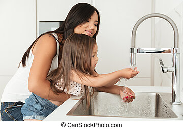 娘, 彼女, 母, 若い, 助力, 洗いなさい, アジア人, 手