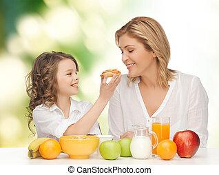 娘, 朝食, 幸せ, 食べること, 母