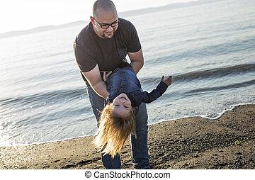 娘, 父, 一緒に, 遊び, 楽しみ, 持つこと