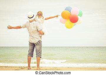 娘, 父, 日時間, 浜, 遊び